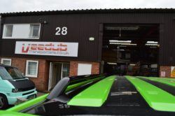 T5 Gloss Black 42mm Roof Bars & Sportline Sidebars LWB 2
