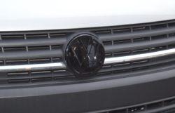 Gloss Black Front Badge3 T6