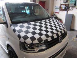 T6 Black & White Chequered Bonnet Bra 2