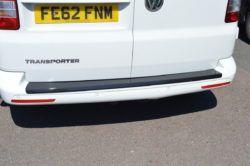 T6 Carbon Fibre Rear Bumper Protector – Tailgate 4