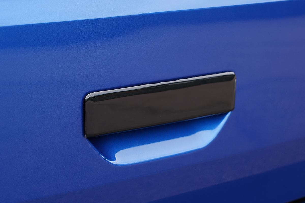 T6.1 Rear Grab Handle Cover GLOSS BLACK