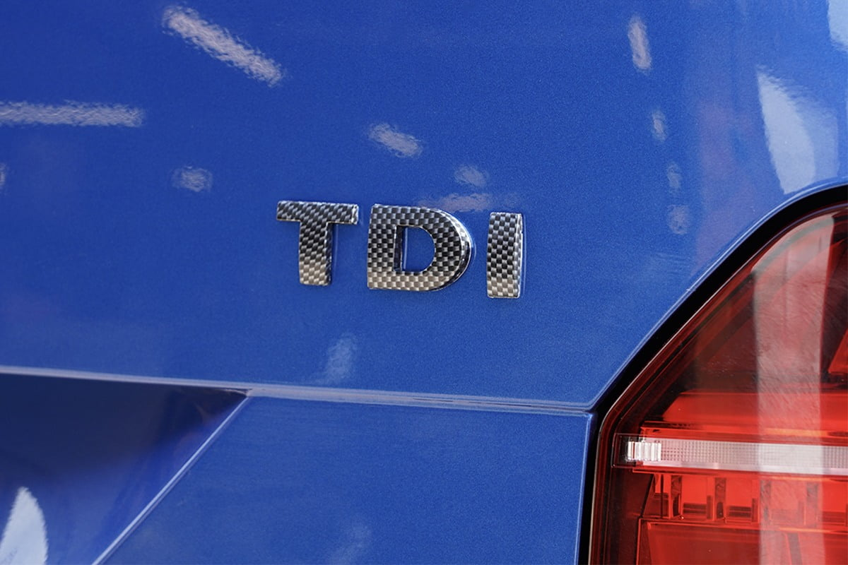 TDI Badge Carbon 2