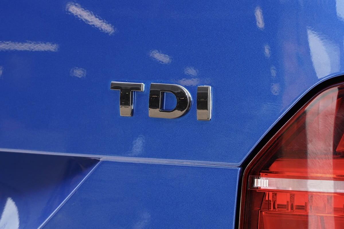 TDI Badge Gloss Black