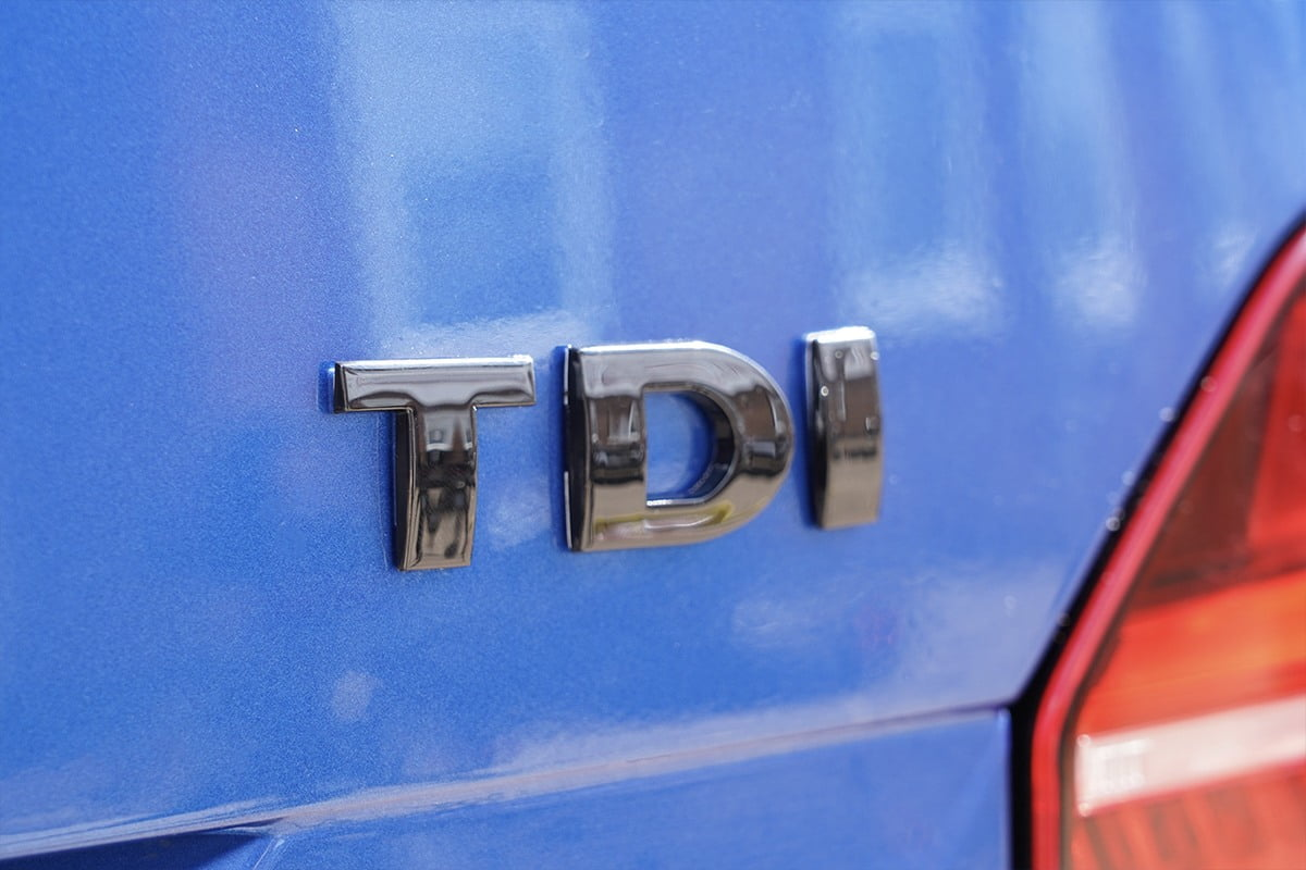 TDI Badge Gloss Black Closeup